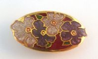 Dainty Cloisonne Enamel Oval Shaped Flower Brooch.